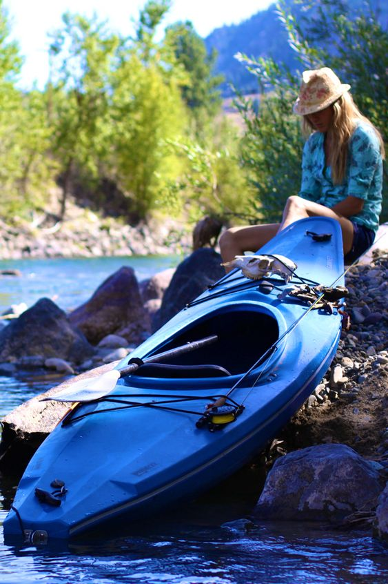 fishing-kayak-store-around-your-area